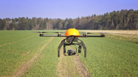 drones-in-agriculture-droneomega